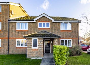 1 bed flat to rent in Yeend Close, West Molesey KT8