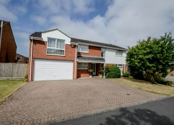 Thumbnail 6 bed detached house for sale in Okebourne Park, Swindon