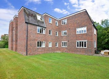 Thumbnail 2 bed flat for sale in North Road, Petersfield, Hampshire