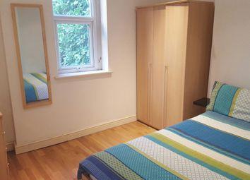 Thumbnail 3 bedroom flat to rent in Fleet Road, Hampatead
