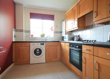 Thumbnail 2 bed flat to rent in East Road, Reigate