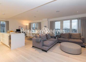 Thumbnail 3 bed flat to rent in Kew Bridge, Brentford