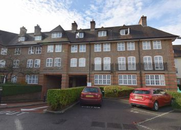 Thumbnail 2 bed flat for sale in Heathview Court, Hampstead Garden Suburb