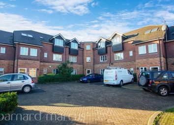 Thumbnail 2 bed flat for sale in High Path, London