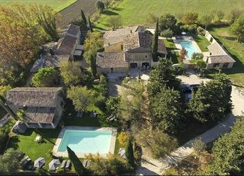 Thumbnail 15 bed country house for sale in L'isle-Sur-La-Sorgue, France