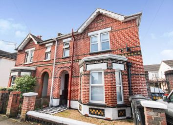 Lincoln Avenue, Bournemouth BH1. 2 bed flat for sale