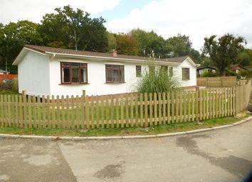 Thumbnail 4 bedroom mobile/park home for sale in Capel Road, Ruckinge, Ashford