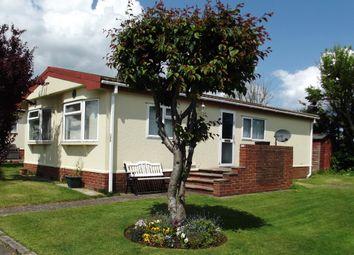 2 bed mobile/park home for sale in Hawthorn Holiday Park, Bempton Lane, Bridlington YO16