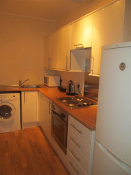 Thumbnail 3 bedroom flat to rent in Sandeman Street, Dundee