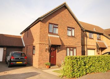 Thumbnail 4 bed detached house for sale in Nickleby Road, Newlands Spring, Chelmsford