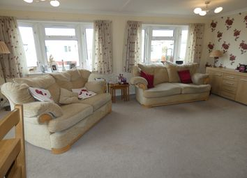 Thumbnail 3 bed mobile/park home for sale in Ferry Road, Fiskerton, Lincoln