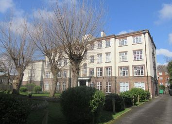 Thumbnail 2 bed flat to rent in St. James's Road, Croydon