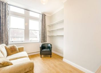 Thumbnail 3 bedroom flat to rent in Mercers Road, London