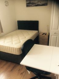 Thumbnail Room to rent in Gilbert Close, Coventry