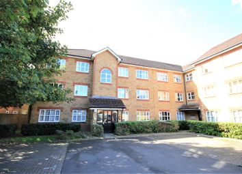 Thumbnail 2 bed flat for sale in Elliots Way, Caversham, Reading