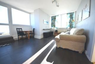 Thumbnail 1 bed flat to rent in Gywnne House, Brixton Hill