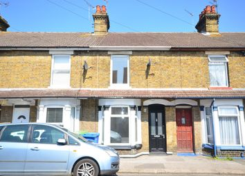3 bed terraced house to rent in Hythe Road, Sittingbourne ME10