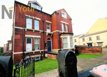Thumbnail 4 bed flat to rent in Midland Road, Hyde Park