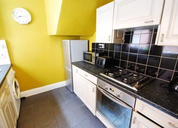 Thumbnail 2 bed flat to rent in Stratford Grove West, Newcastle Upon Tyne