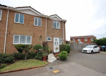 4 bed semi-detached house for sale in Falstone Green, Luton LU2