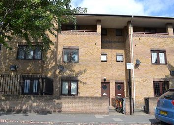 Thumbnail 4 bed town house to rent in Laburnum Street, Shoreditch/Hoxton