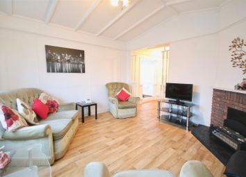 2 bed mobile/park home for sale in Henderson Park, Southsea PO4
