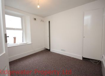 Thumbnail 1 bed flat to rent in Elmbank Road, Paignton