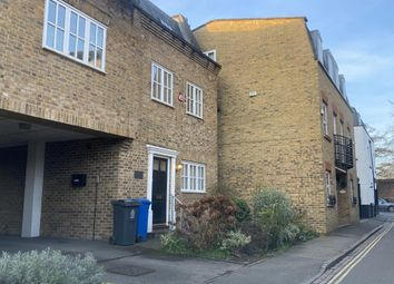 4 bed town house to rent in Windsor, Berkshire SL4