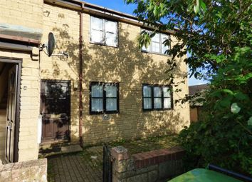 Thumbnail 2 bed flat to rent in Rose Court, Newbury, Gillingham