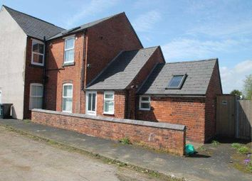 Thumbnail 1 bed flat to rent in Stourbridge Road, Halesowen, West Midlands