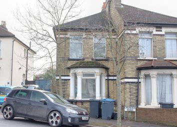 Thumbnail 1 bed flat to rent in Crunden Road, South Croydon