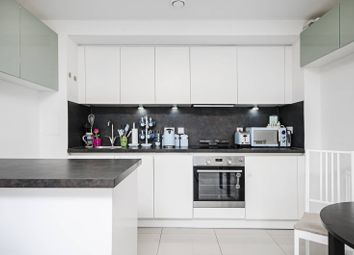 1 bed flat for sale in Shearwater Drive, Hendon, London NW9