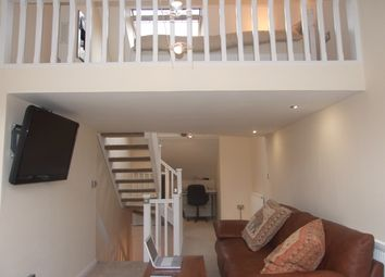 Thumbnail 2 bedroom flat for sale in Franklin Street, Hull