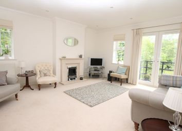 Thumbnail 2 bedroom flat to rent in Flockton House, Whittets Ait, Weybridge