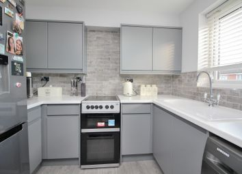 2 bed flat for sale in Rembrandt Grove, Chelmsford, Essex CM1