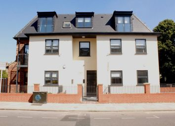 Thumbnail 3 bed flat for sale in Willoughby Road, Harringay