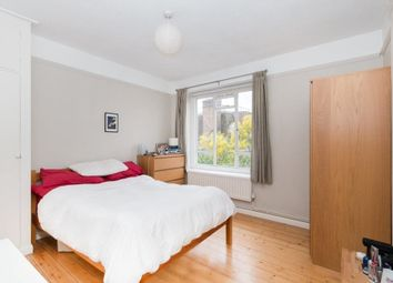 Thumbnail 3 bed flat to rent in Wandsworth, London
