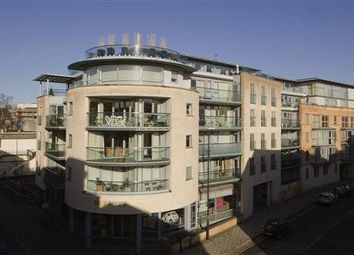 Thumbnail 2 bed flat to rent in Merchants Road, Clifton, Bristol