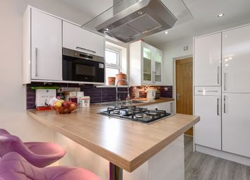 Thumbnail 3 bed flat for sale in Ecclesbourne Road, Thornton Heath