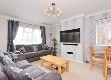 Thumbnail 2 bed flat for sale in Wentworth Court, Newbury