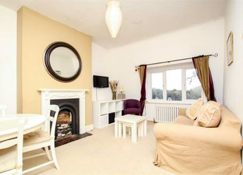 Thumbnail 1 bedroom flat for sale in Kings Avenue, London