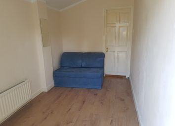 1 bed flat to rent in Tylehurst Gardens, Ilford, Essex IG1