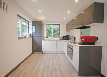 2 bed maisonette to rent in Gilmore Close, Ickenham, Uxbridge UB10