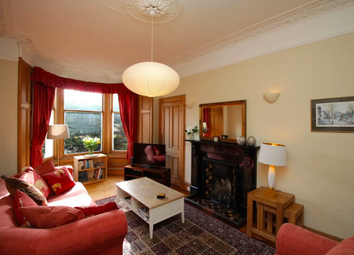 2 bed flat to rent in Dalziel Place, Edinburgh EH7