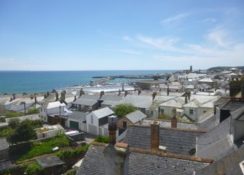 Thumbnail 2 bed flat to rent in Lannoweth Road, Penzance