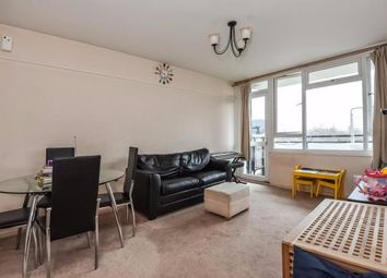 Thumbnail 2 bedroom flat for sale in Foxborough Gardens, Bromley