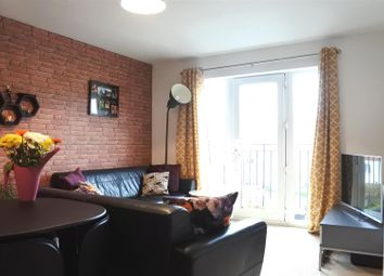 Thumbnail 2 bedroom flat for sale in Cromford Court, Grantham