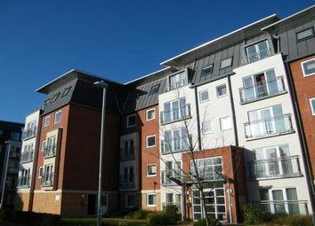 2 bed flat to rent in Winterthur Way, Basingstoke RG21