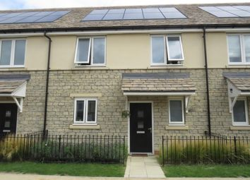 3 bed property to rent in Charlotte Avenue, Bicester OX27