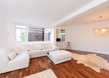 Thumbnail 1 bed flat to rent in Hereford House Flat 11ch, Ovington Gardens, London
